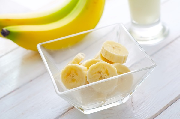 Банан нарезан